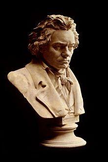 Busto de Beethoven por Hagen.