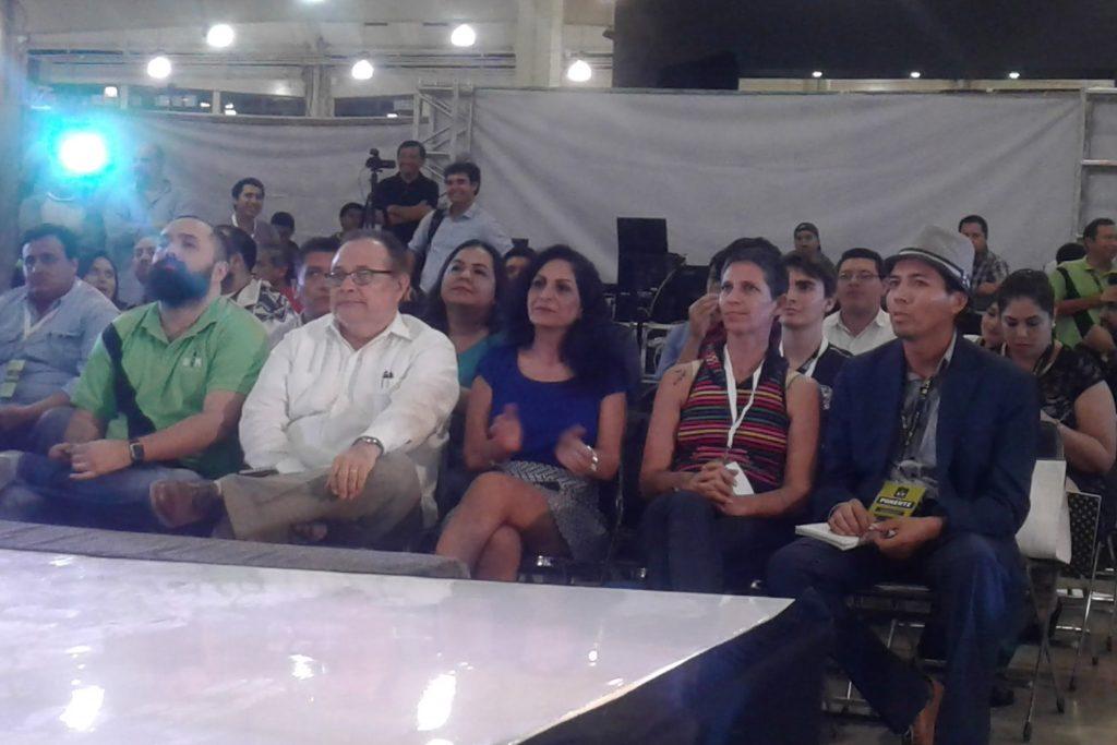 Los jurados acompañados de los organizadores