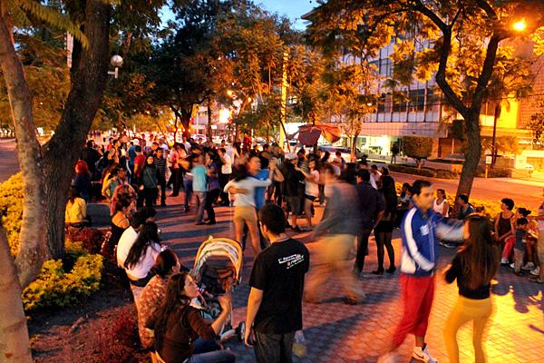 Paseo Chapultepec de noche